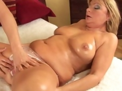 Mature Rosalyn widens for neighbor guy