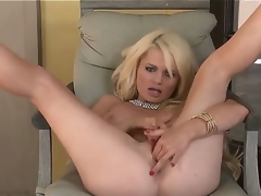 Turned on bare golden-haired Alexis Ford with red nails and pierced stomach button spreads long legs whilst teasing paramour in pint of view and fingers shaved pink chick pot to orgasm.