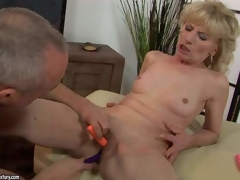 Naked mature blonde Margarette spreads her legs wide and receives her fur pie stimulated with the help of several vibrators. This playgirl receives squirting large O after unthinkable fur pie stimulation