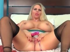 Fat sweetheart Alura Jenson models lingerie