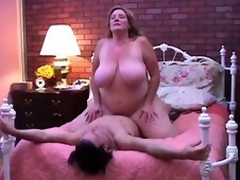 Nice-looking older BBW can't live out of round fuck