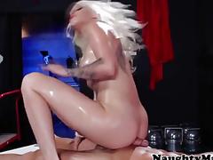 Stevie Shae fucking a pumped up masseur