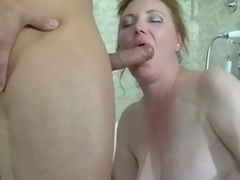 Fat brunette milf caught in a catch tube gets banged